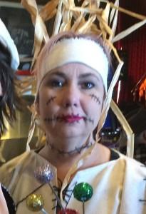 scarecrow Laura